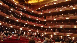 Auditorium-Metrolplitan Opera-Lincoln Center-People-Waiting-Opera